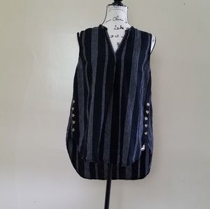a.n.d Sleeveless Striped Top. Hi-Low Lenght.